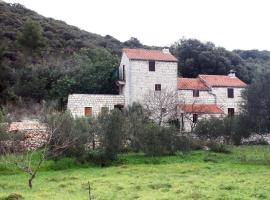 Holiday home Villa Kastel, hotel with pools in Korčula