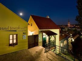 Hotel Joseph 1699, hotel v destinaci Třebíč