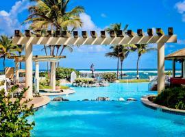 Embassy Suites by Hilton Dorado del Mar Beach Resort, хотел в Дорадо