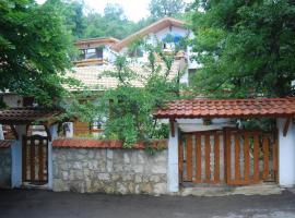 Rooms for Rent - Villa Desi