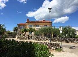 Apartments Sanbrandin, hotel near Krk Bus Station, Krk