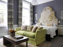 Covent Garden Hotel, Firmdale Hotels, budget hotel in London