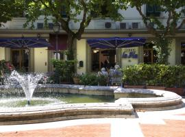 Hotel La Pia، فندق في مونتيكاتيني تيرمي