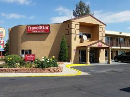 TravelStar Inn & Suites, motel in Colorado Springs
