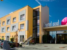 Hotel Süd, hotel ve uŠtýrském Hradci