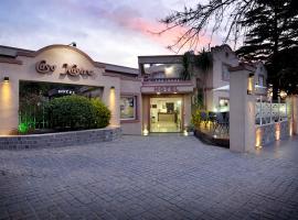 Casa Nostra Hotel