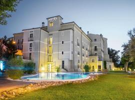 Hotel Balneario Alhama de Aragón, hotel a prop de Monestir de Piedra, a Alhama de Aragón