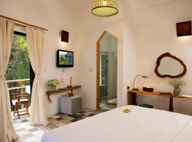 Stop and Go Boutique Hotel