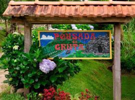 Pousada da Gruta, hotel in Visconde De Maua