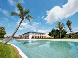 H10 Mediterranean Village, hotel in Salou