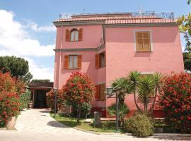 Hotel Arco Di Travertino