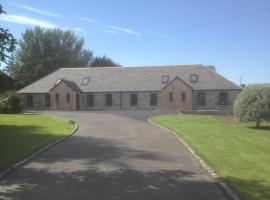 Redcraigs Lodges, pet-friendly hotel in Aberdeen