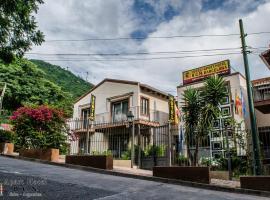 Apart Hotel B.C.N., hotel near Salta - San Bernardo Cableway, Salta