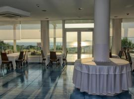 Moresco Park Hotel, hotel in Sperlonga