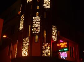 La Woods Hotel