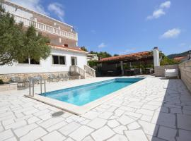 Villa Castello, hotel with pools in Korčula