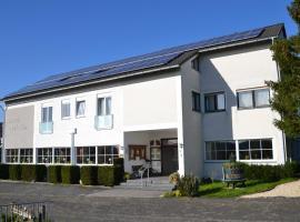 Hotel-Restaurant Christian, hotel near Lorelei, Sankt Goarshausen