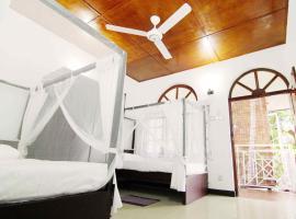 2in1 Kandy Hostel