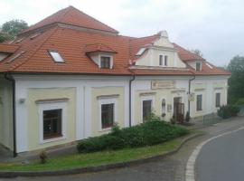 Zámecký hotel U Rajských