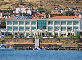 Cunda Kivrak Hotel, מלון באייבאליק