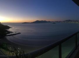 Ótimo Apartamento A Uma Quadra Do Mar, hotel near Buraco Beach, Balneário Camboriú