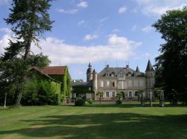 Château de Buros, hotel in Gabarret
