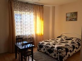 Гостевой Дом на Кропоткина, вариант проживания в семье в Краснодаре