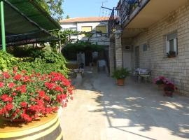 Rooms Vilena, hotel near Vižula Archaeological Site, Medulin