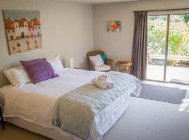 Taigh na Mara Bed and Breakfast, hotel in Whitianga