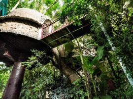 Dao Anh Khanh Tree House