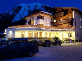 Berghotel Rasis, hotel in Galtür
