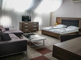 Hotel Story