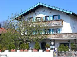 Hotel Jägerhof, hotel a Bernau am Chiemsee