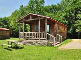 Fremont Jellystone Park Cottage 29