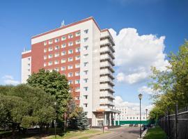 Отель SunFlower Парк, отель в Москве, рядом находится Битцевский Лесопарк