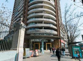 Selma Apartment, hotel near Patio Bellavista, Santiago
