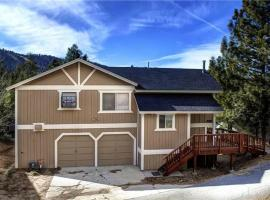 Yosemite Gold 3 Bedroom Holiday Home Near Bear Mtn. Ski Resort