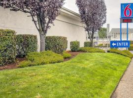 Motel 6-Coos Bay, OR, hotel in Coos Bay