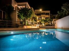 Creta Elena, hotel with pools in Chania Town