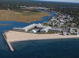 Red Jacket Beach Resort, family hotel in South Yarmouth