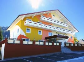 Alpen Experience Hotel, hotel v Gröbmingu