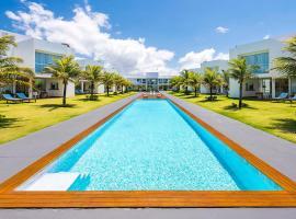 B Blue Beachouses, hotel in Itacimirim