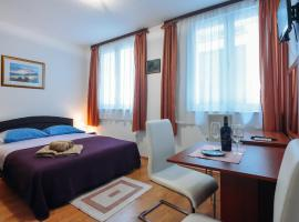 Sweet Dreams Apartments, hotel near Greeting to the Sun, Zadar