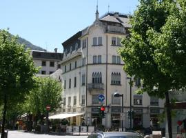 Bernina Express Rooms&Breakfast, guest house in Tirano