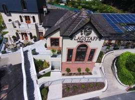 Flagstaff Lodge