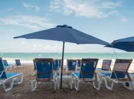 OCEAN VIEW DELUXE SUITE: PVT. BEACH & POOL