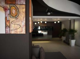 Mornington Hotel Waterfront Lumut, hotel di Lumut