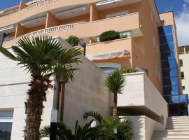 Hotel Rosina, Hotel in Makarska