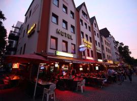Hotel Kunibert der Fiese - Superior, hotel near Köln Messe/Deutz Station, Cologne