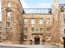 Aparthotel Adagio Edinburgh Royal Mile, budget hotel in Edinburgh